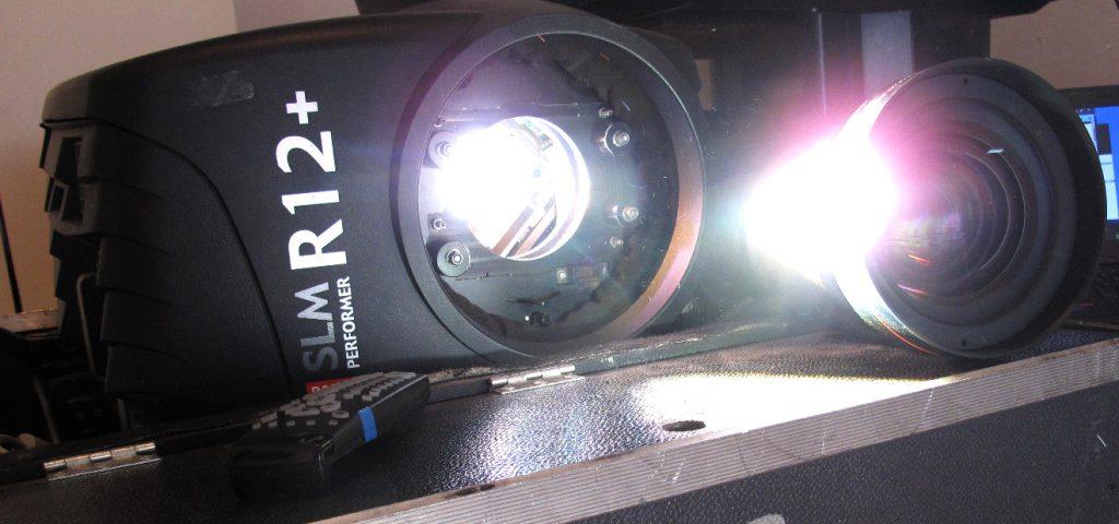 Barco SLM R12+