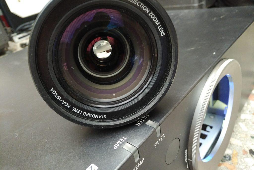 Panasonic Beamer Objektiv Verleih